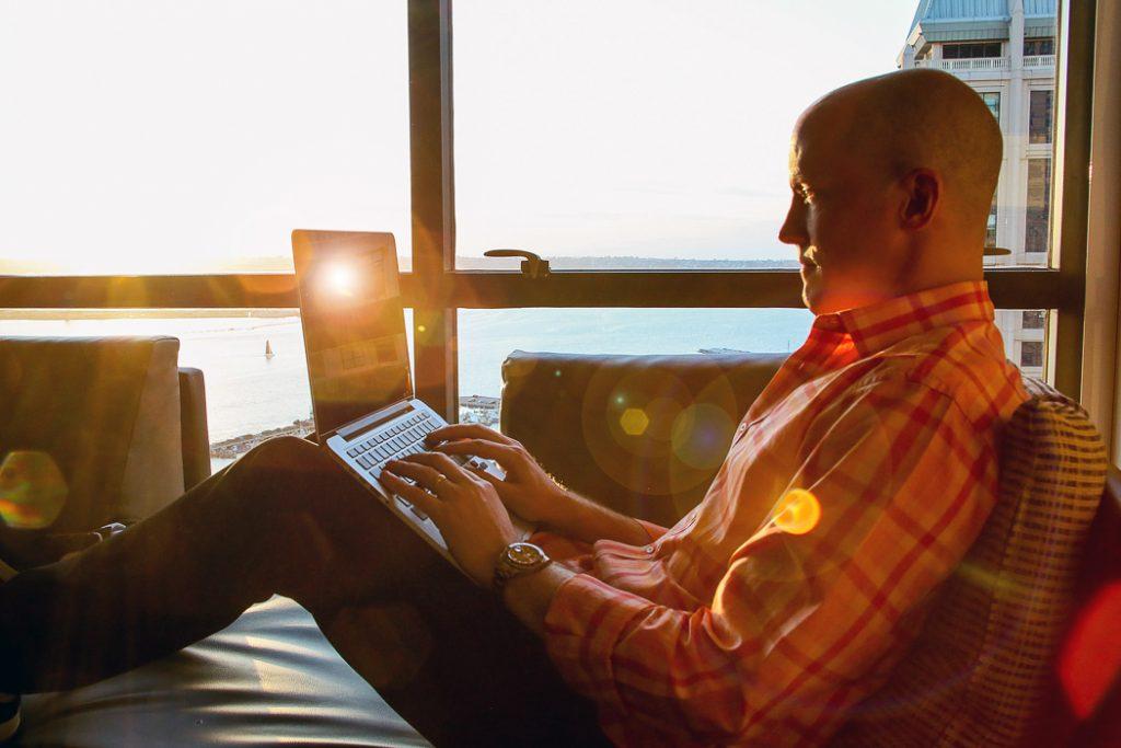 Chris Ducker, Youpreneur, Bespoke Headshot